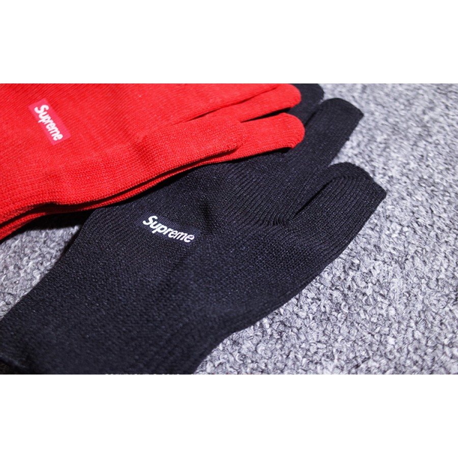 Supreme Box Logo Knitted Gloves (Black)